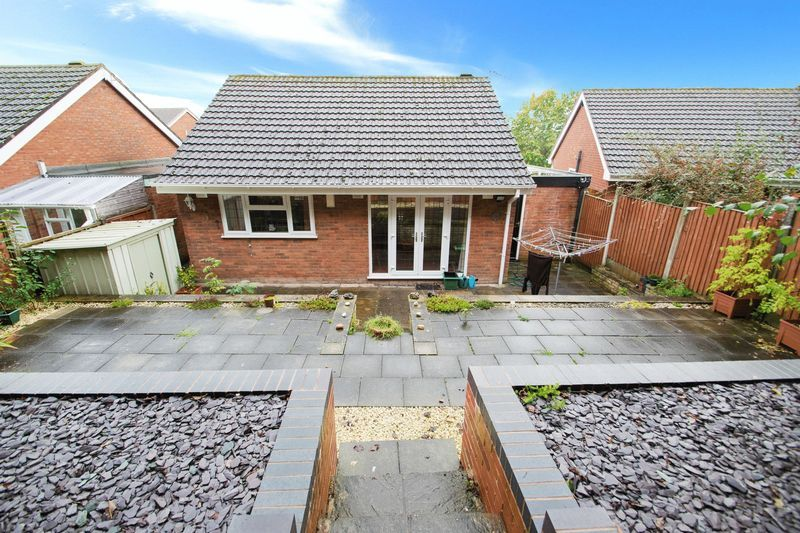 2 bed bungalow for sale in Apperley Way  - Property Image 9