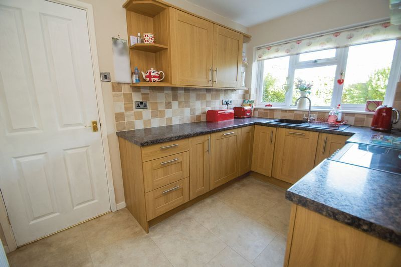 3 bed house for sale in County Park Avenue 2