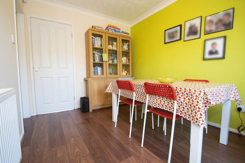 3 bed house for sale in County Park Avenue 6