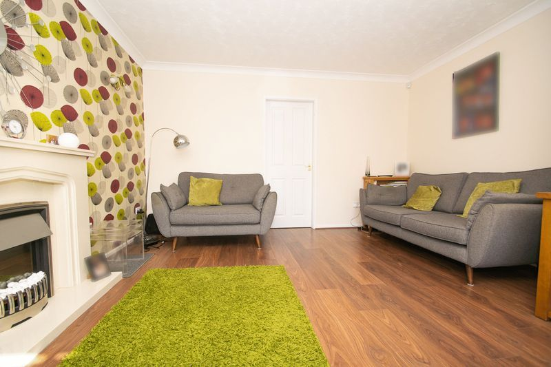 3 bed house for sale in County Park Avenue 7