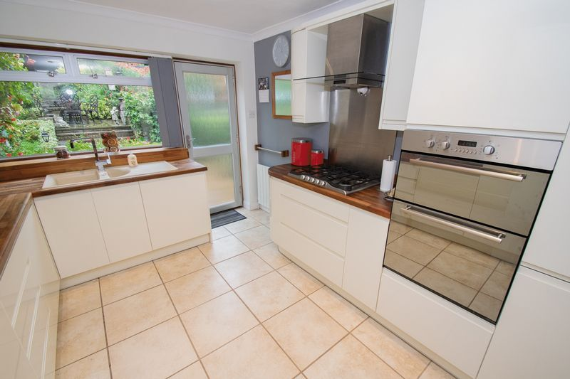 3 bed house for sale in Blackberry Lane  - Property Image 3