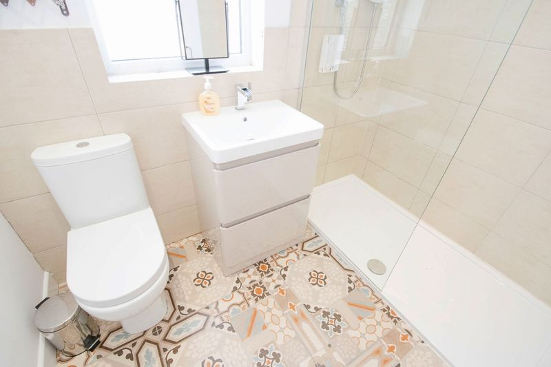 3 bed house for sale in Oldbury Road 12