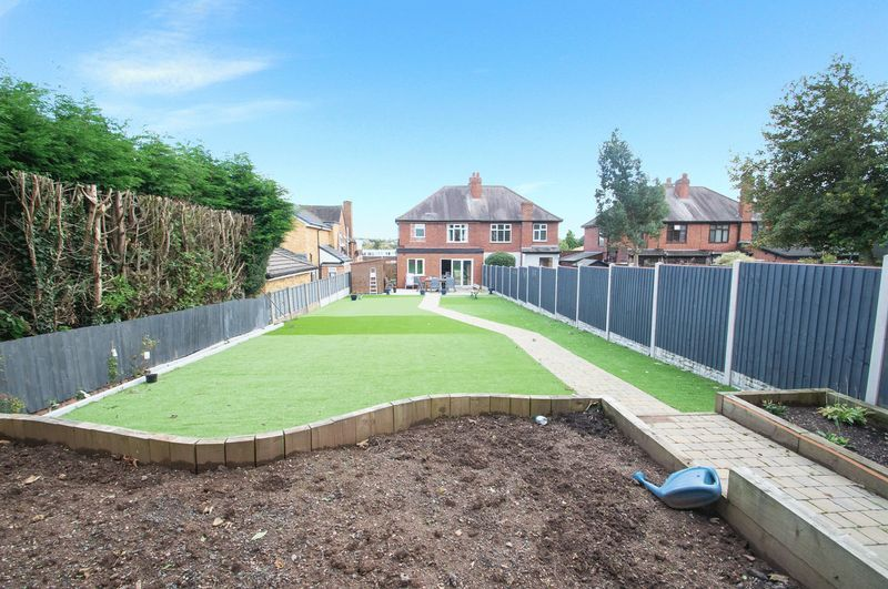 3 bed house for sale in Oldbury Road 14
