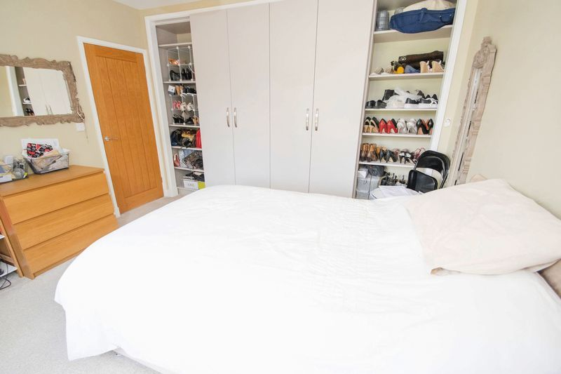 3 bed house for sale in Oldbury Road 8