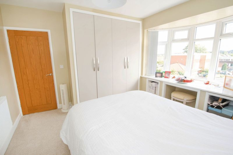3 bed house for sale in Oldbury Road  - Property Image 10
