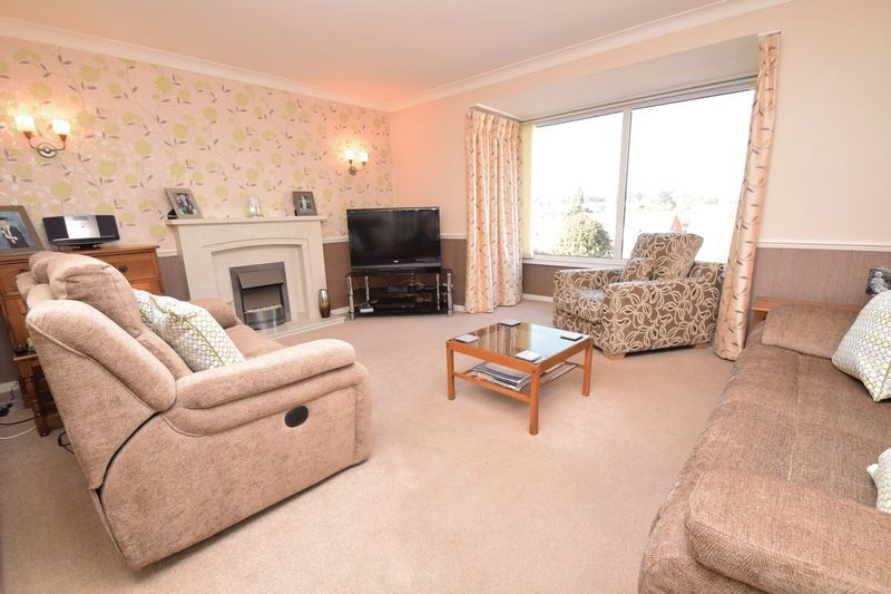 3 bed house for sale in Abberton Close 2