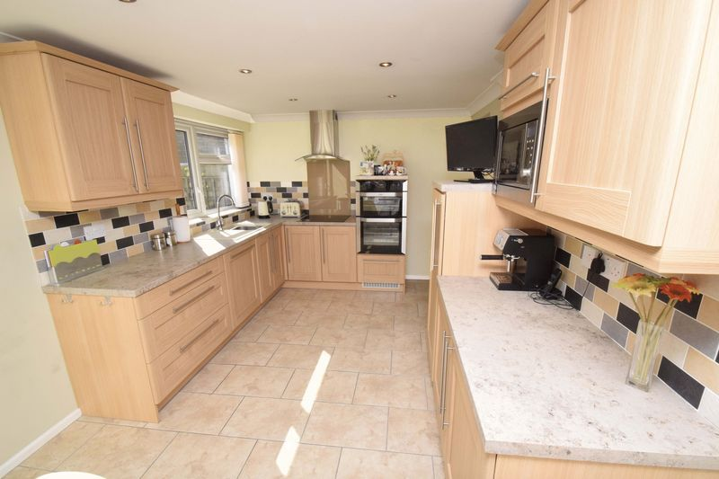 3 bed house for sale in Abberton Close 5
