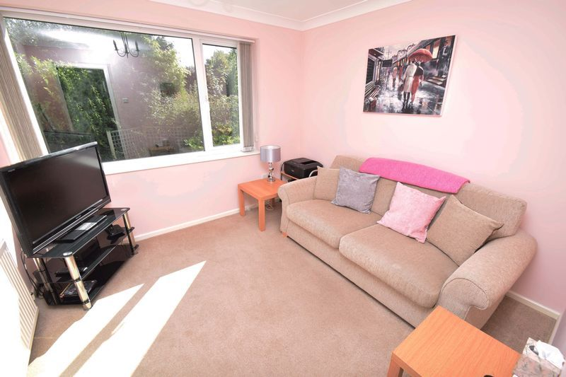 3 bed house for sale in Abberton Close 8
