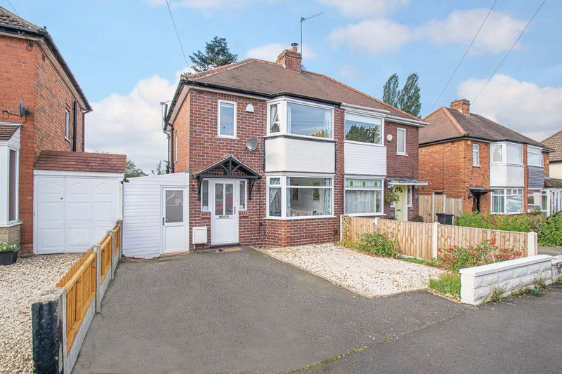 3 bed house for sale in Lyttleton Avenue 1