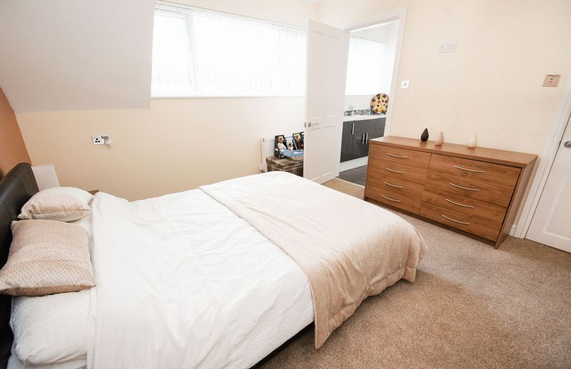 3 bed house for sale in Kent Road  - Property Image 12