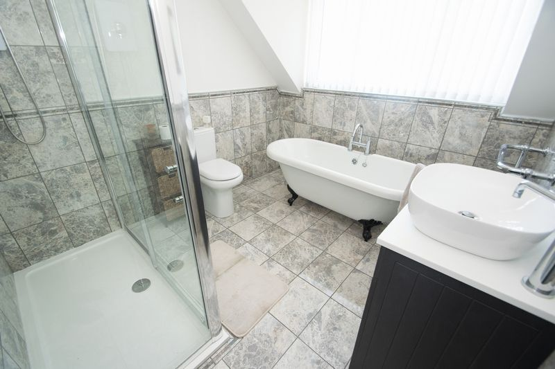 3 bed house for sale in Kent Road 10