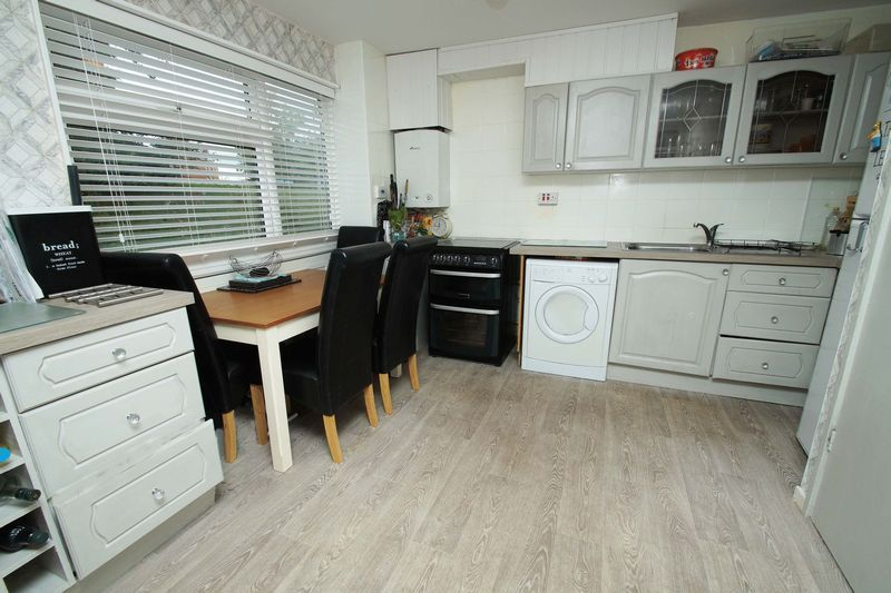 3 bed house for sale in Doverdale Close  - Property Image 2