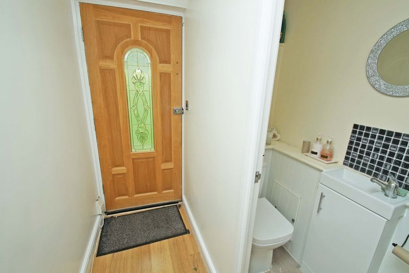 3 bed house for sale in Doverdale Close 4