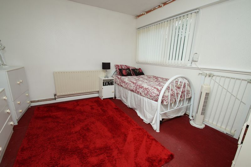 3 bed house for sale in Doverdale Close 6