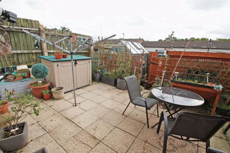 3 bed house for sale in Doverdale Close 8
