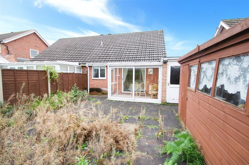 1 bed bungalow for sale in Meadow Park Road 11