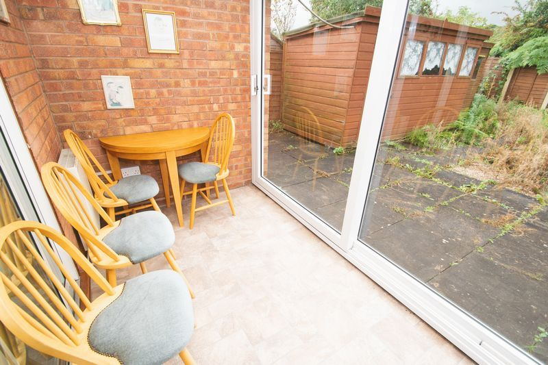 1 bed bungalow for sale in Meadow Park Road  - Property Image 9