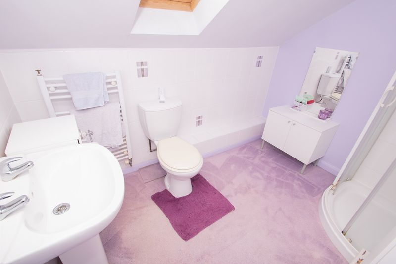 4 bed house for sale in Oak Barn Road  - Property Image 14