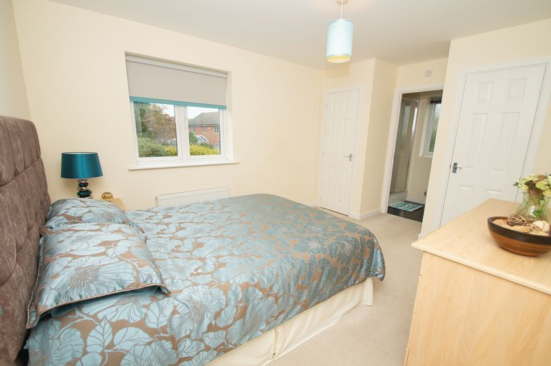 3 bed house for sale in Almondsbury Close 10
