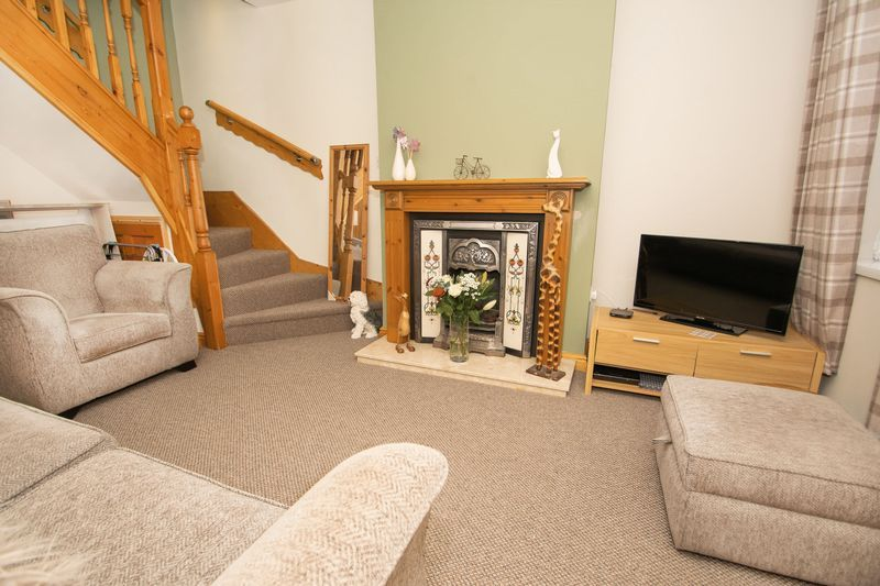 2 bed house for sale in Dudley Road 2