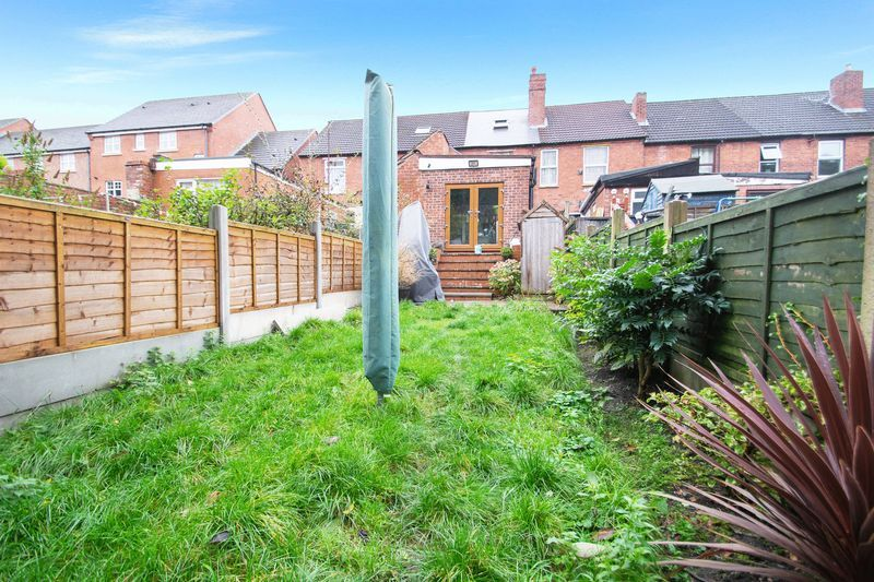 2 bed house for sale in Dudley Road 13