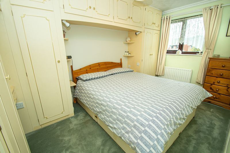 3 bed house for sale in Linnet Close 4