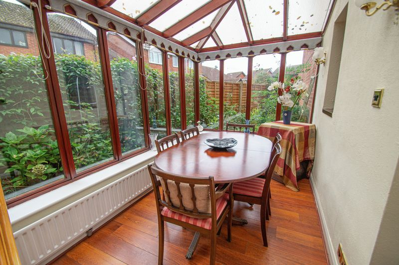 3 bed house for sale in Linnet Close  - Property Image 7