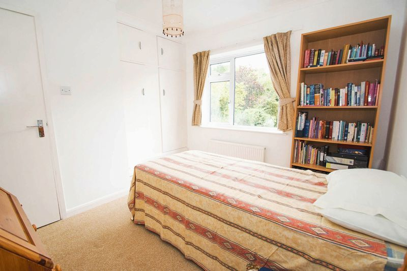 5 bed house for sale in Chantry Road 16