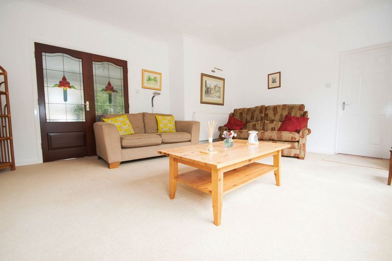 5 bed house for sale in Chantry Road  - Property Image 7
