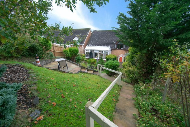 2 bed bungalow for sale in Brades Close  - Property Image 15