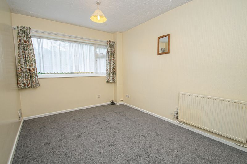 1 bed  for sale in Toys Lane  - Property Image 5