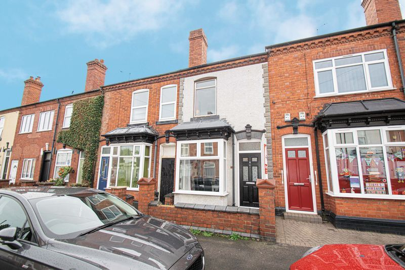 3 bed house for sale in Vicarage Road 1