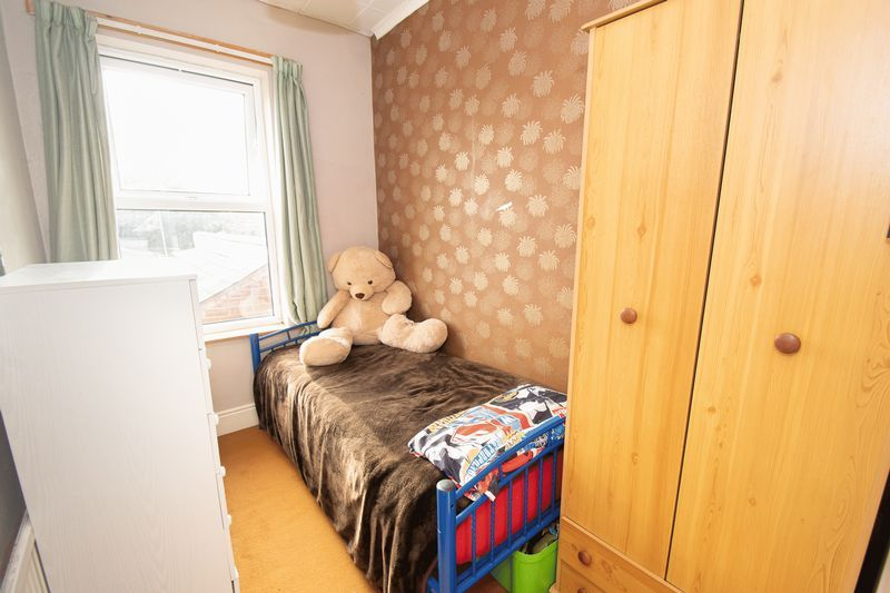 3 bed house for sale in Vicarage Road  - Property Image 11