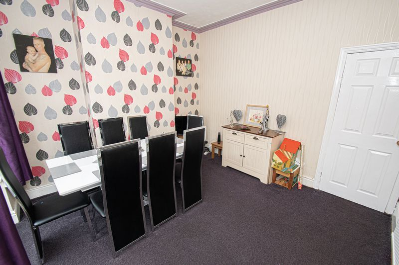 3 bed house for sale in Vicarage Road 7