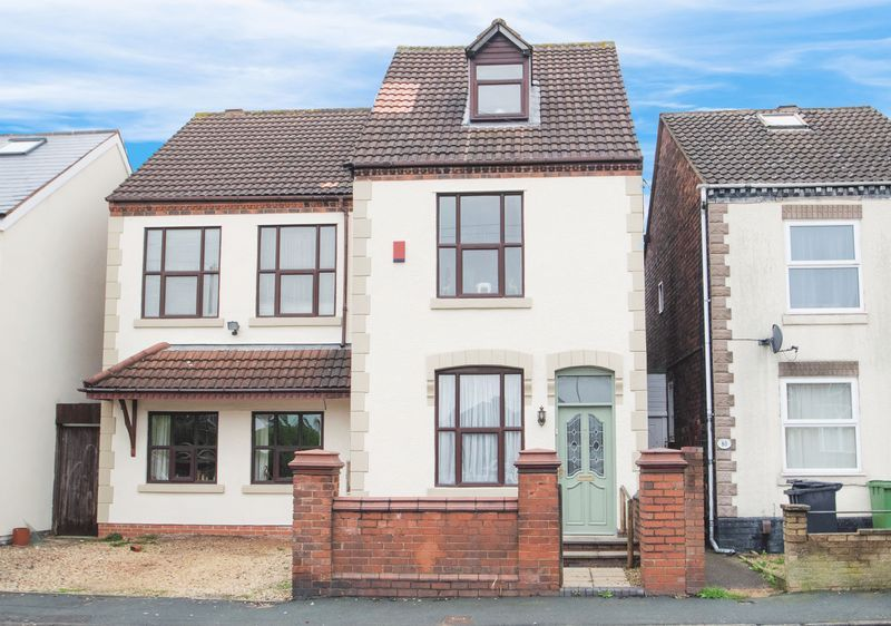 4 bed house for sale in Olive Lane 1