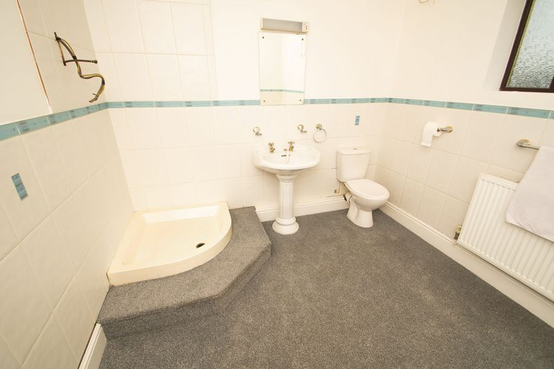 4 bed house for sale in Olive Lane  - Property Image 14