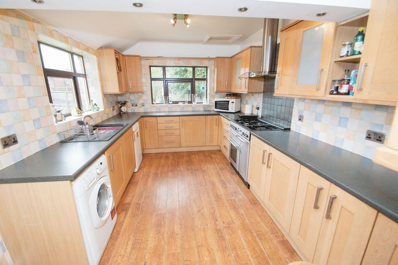 4 bed house for sale in Olive Lane  - Property Image 5