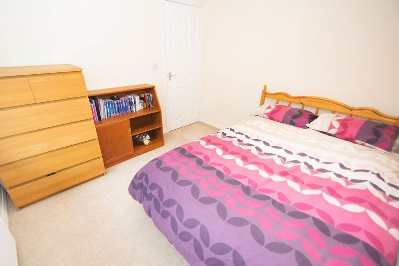 3 bed house for sale in Brett Young Close 11
