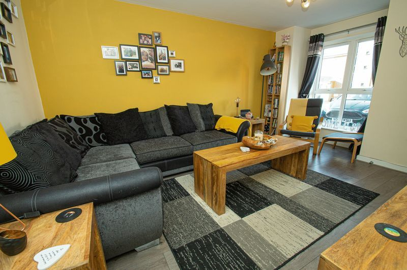 3 bed house for sale in Blakeney Drive 2
