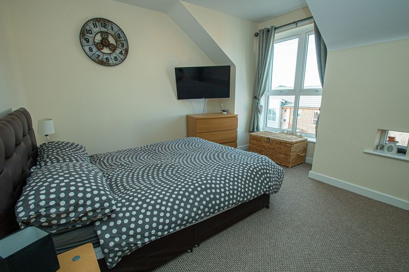 3 bed house for sale in Blakeney Drive 14