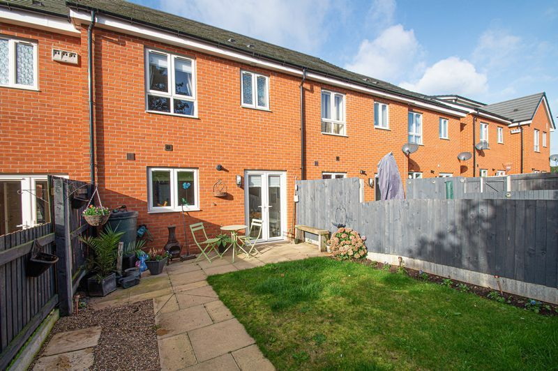 3 bed house for sale in Blakeney Drive 17