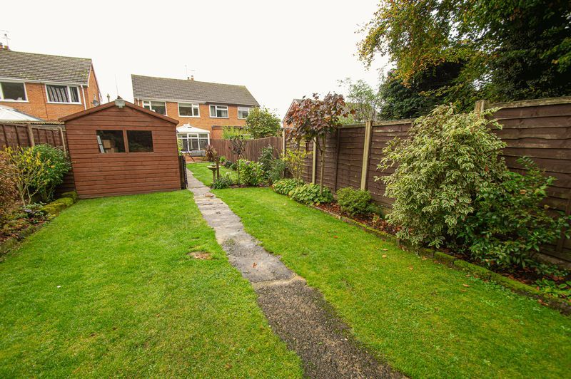 3 bed house for sale in Fox Lane  - Property Image 19