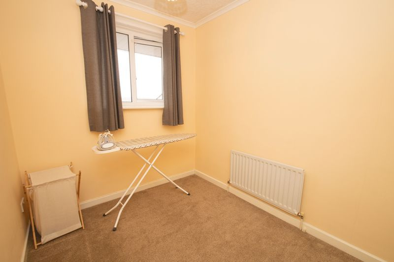 3 bed house for sale in Vicarage Crescent 10
