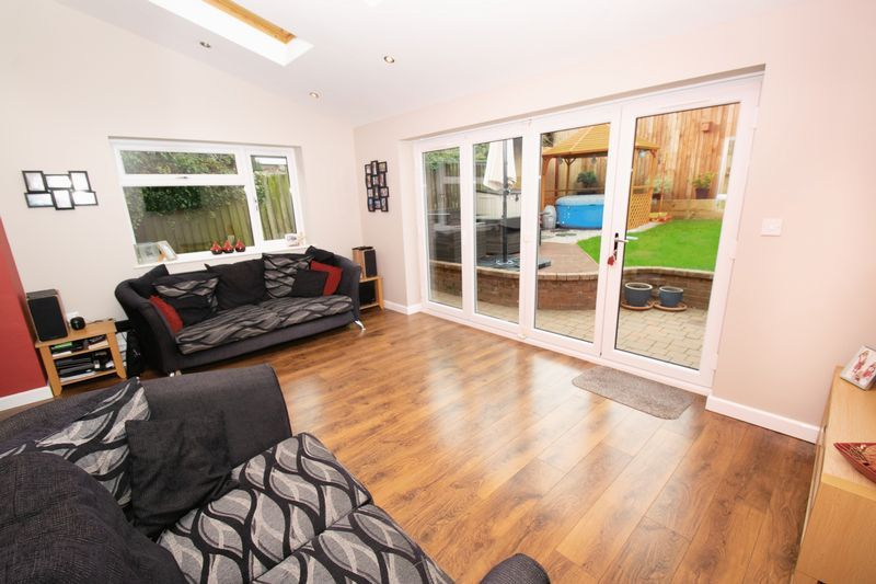 4 bed house for sale in Saxon Drive 4