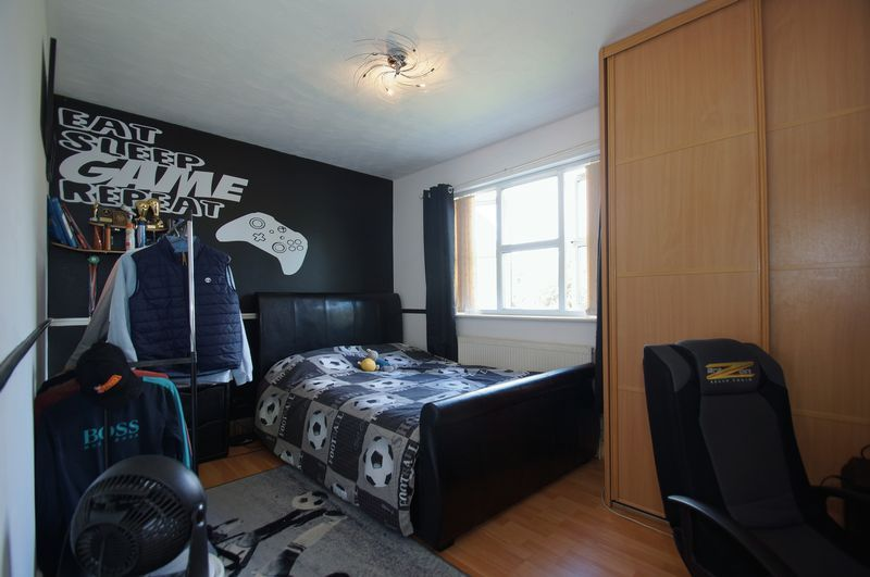 4 bed house for sale in Beckett Close  - Property Image 13