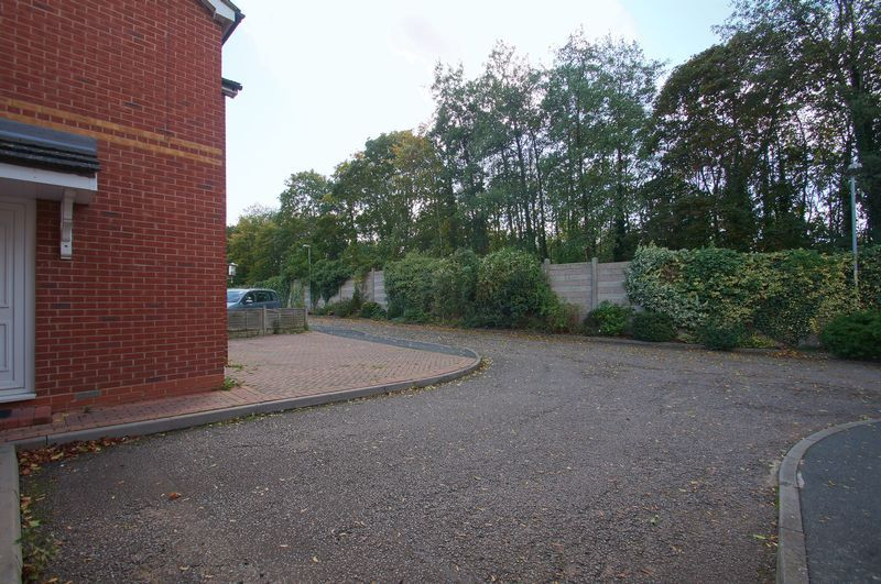 4 bed house for sale in Beckett Close  - Property Image 18