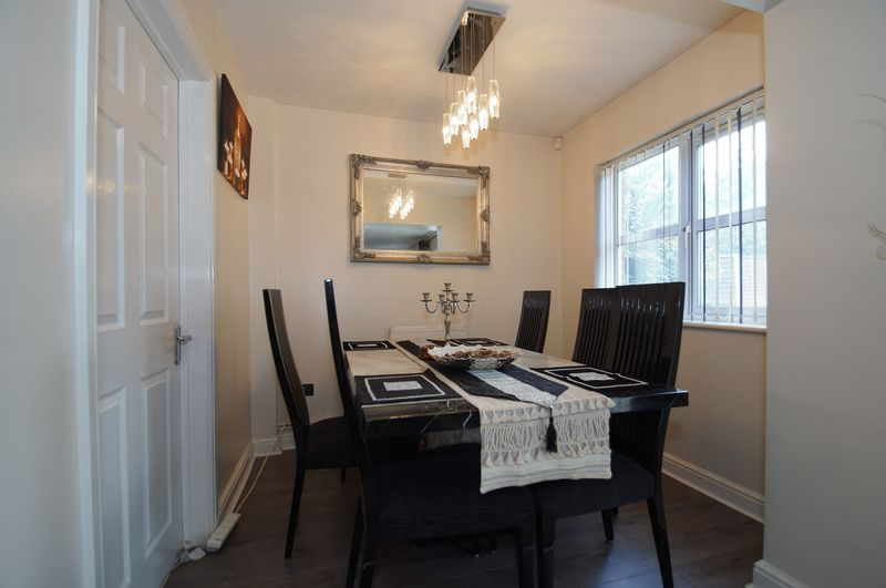 4 bed house for sale in Beckett Close  - Property Image 7