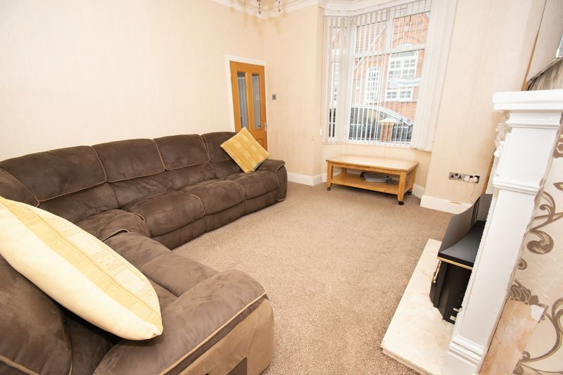 2 bed house for sale in Mace Street 3