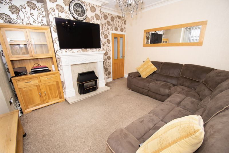 2 bed house for sale in Mace Street  - Property Image 5