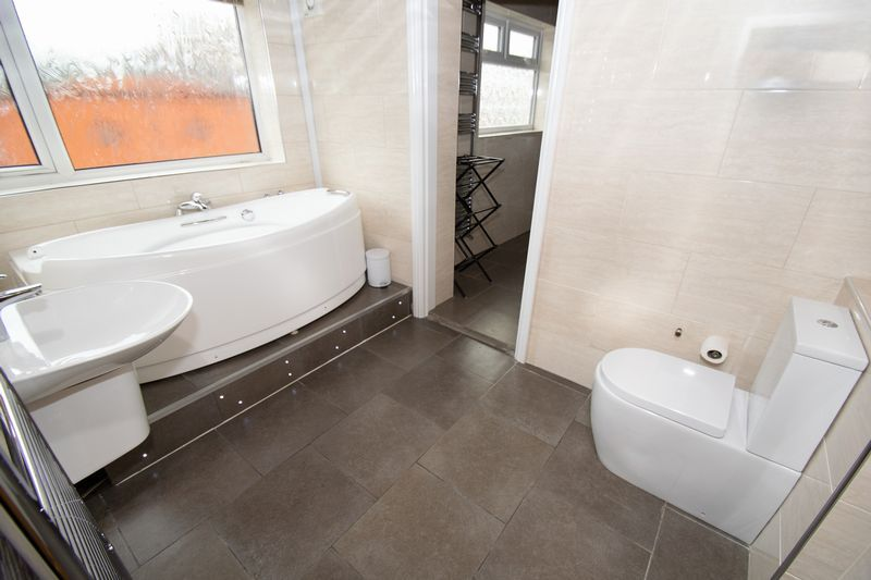 2 bed house for sale in Mace Street  - Property Image 8
